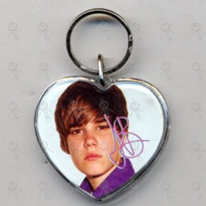 BIEBER-- JUSTIN - Heart Shaped Photo Keyring - 1