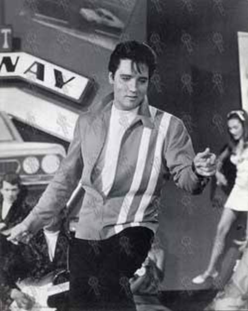 PRESLEY-- ELVIS - Black & White Print (#368A) - 1